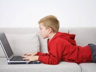 Mais de dois terços dos pais disseram que as crianças devem ter 13 anos ou mais para entrar no Facebook