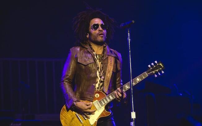 Lenny Kravitz se apresenta no lollapalooza