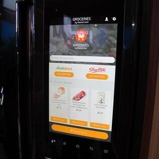 Geladeira inteligente envia fotos do seu interior para aplicativo
