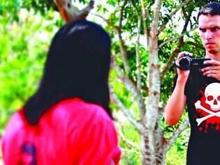 Oficinas. Noé Vitoux realizou oficinas de ator com os índios de Rondônia para ensinar conceitos básicos de atuação e câmeras