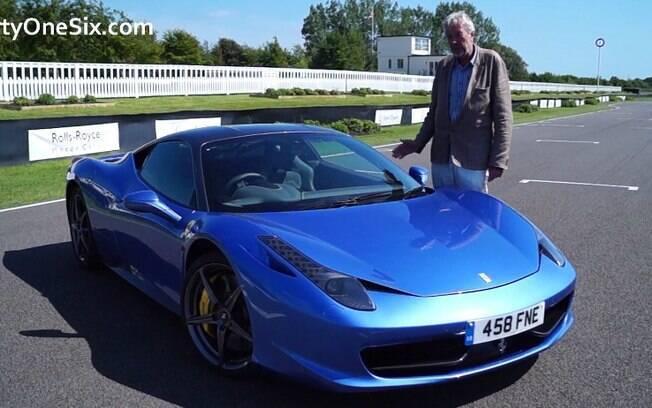 Ferrari 458 Italia personalizada: mais de R$ 300 mil em acessórios