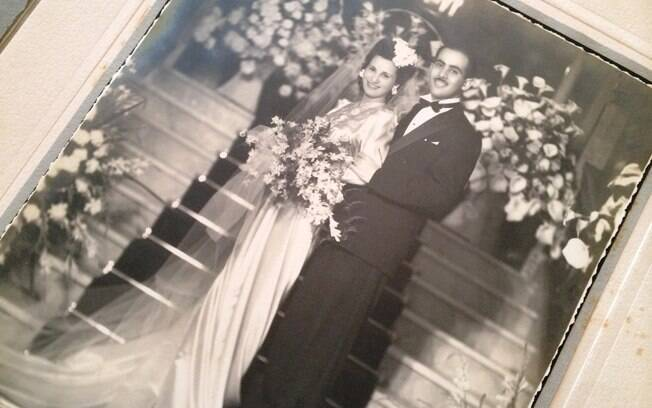 'Meus lábios tremiam', relembra Rosa o dia do casamento, realizado na casa da família em 1942