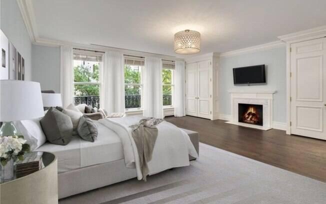 A mansão em questão fica no Upper East Side, bairro de Nova York, e está sendo vendida por R$ 128 milhões