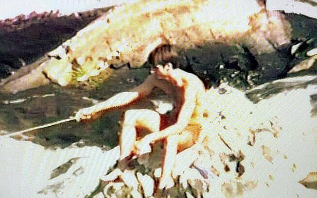 Uma das principais diversões de Bolsonaro era pescar no Rio Ribeira de Iguape (acima): esforço para juntar uns trocados