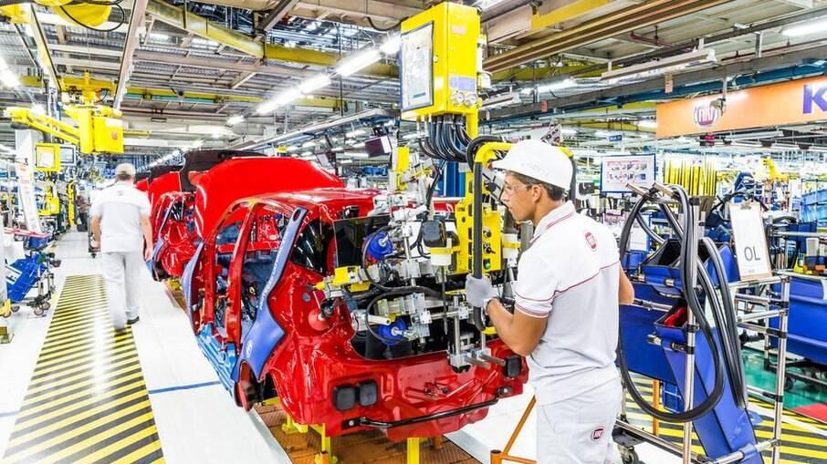 Fábrica da Fiat em Betim (MG) continua operando a todo vapor, aproveitando paralisação da Chevrolet