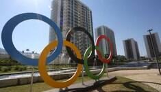 Funcionários estão depredando Vila Olímpica, afirma operário