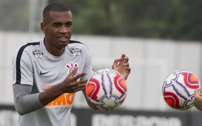 Zagueiro Marllon deixou o Corinthians em definitivo