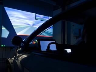 Cinto emite sensores para acordar motorista.