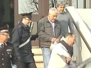 Henrique Pizzolato se entrega à Justiça italiana