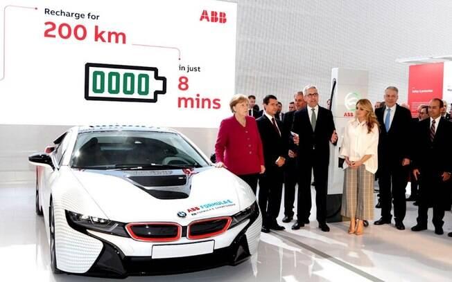 O grupo sueco-suíço ABB apresentou um novo conceito de recarga de carro elétrico na feira de tecnologia Hannover Messe, na Alemanha.