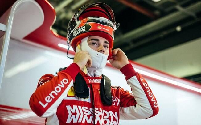 Charles Leclerc foi o mais rápido no segundo dia de testes da Fórmula 1