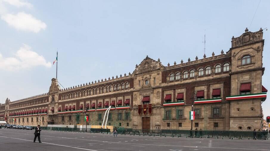 Deputados no México aprovam a legalização da maconha; texto segue para o Senado