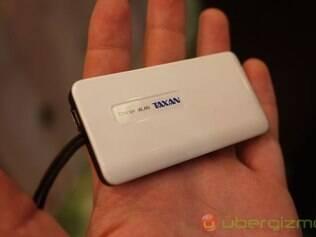 Pequeno adaptador permite assistir aos canais da televisão no smartphone