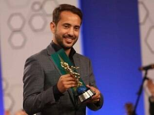Everton Ribeiro faturou o prêmio de Craque do Brasileirão e também fez parte da seleção do campeonato