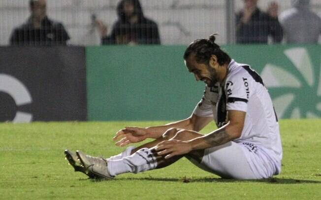 Oliveira tem dúvidas na Ponte Preta para jogo desta terça