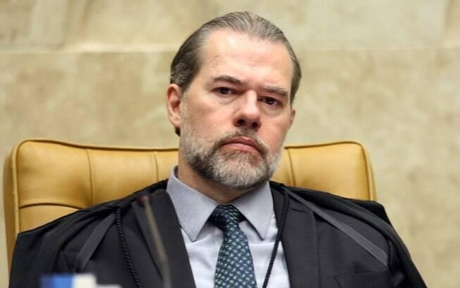 Dias Toffoli recebeu pedido para cassar liminar de Fux