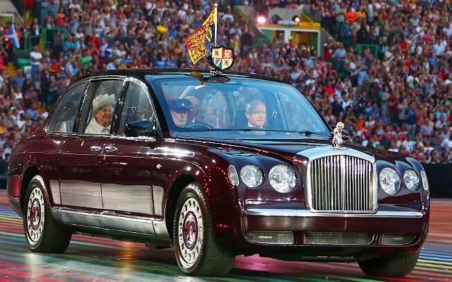 Bentley State Limousine (foto de julho de 2014)