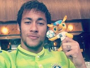 Neymar afirmou que participar da Copa é um sonho realizado e que a pressão não existe
