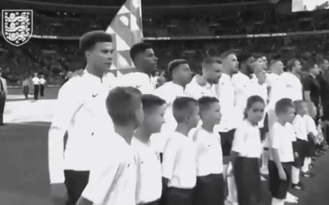 Inglaterra e Suíça terá início em preto e branco na televisão