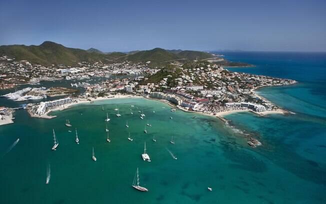 Além do mar caribenho e praias de areia branca, St Marteen tem história