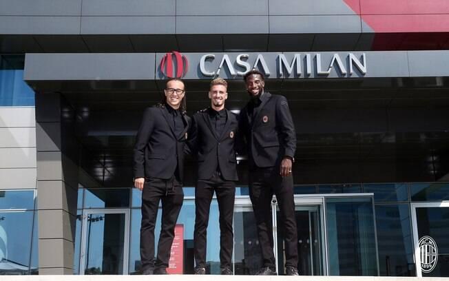 Laxalt, Castillejo e Bakayoko foram apresentados no Milan nesta sexta-feira (17)