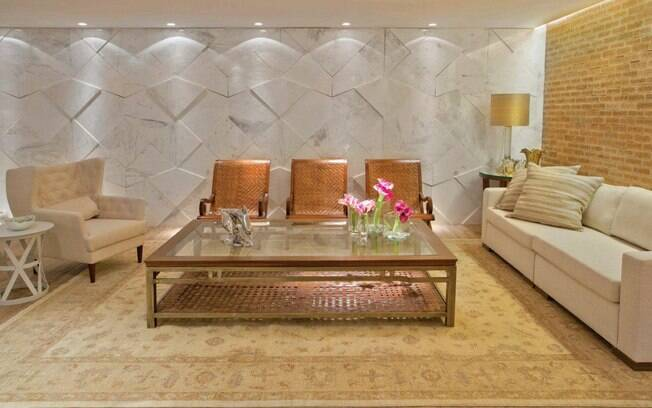 decoracao tijolo branco : decoracao tijolo branco: tijolo aparente e mármore branco no loft da Casa Cor Brasília. Foto