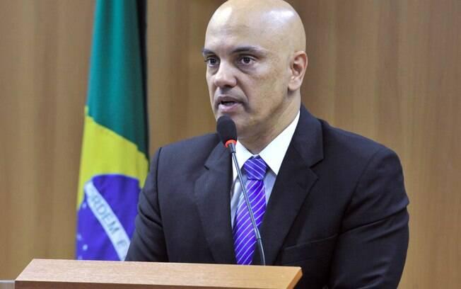 Pessoas do primeiro escalão do governo chegaram a pedir ao presidente Temer que demitisse Alexandre de Moraes