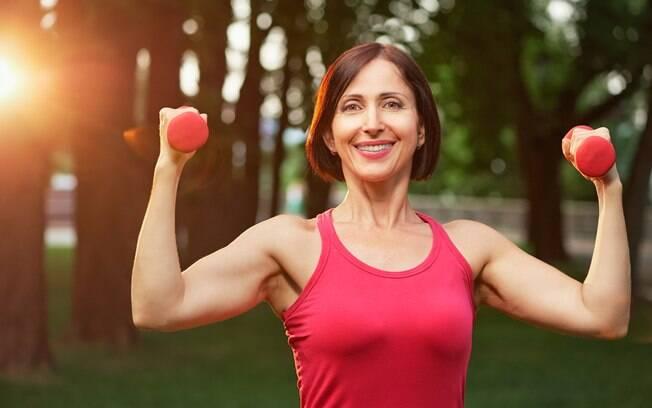 Ter um estilo de vida saudável evita as rugas de estresse
