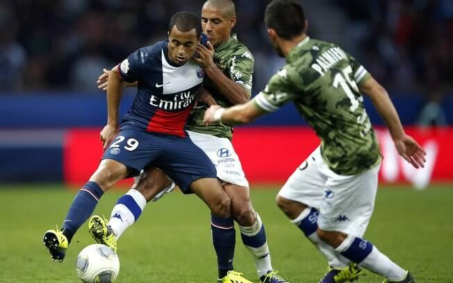 Lucas deu uma assistência na vitória do PSG diante do Bastia por 4 a 0