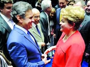 """Trato. Com Dilma """"verdadeira"""", Aécio troca farpas à distância, mas adota clima cordial pessoalmente"""