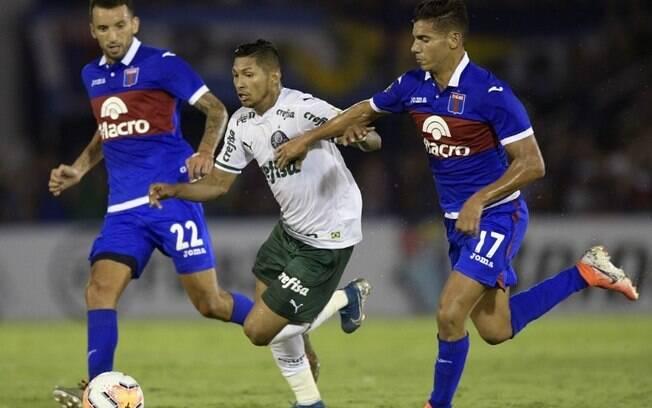 Palmeiras enfrenta o Tigre pela Libertadores