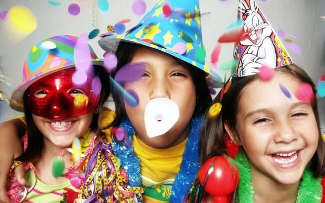 Escolher ambientes com programação para o público infantil é uma forma de garantir a segurança das crianças no carnaval