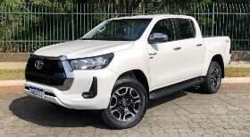 Toyota Hilux SRV quebra preconceito com picapes flex