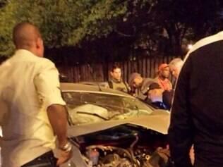 Motorista ficou gravemente ferido após bater em pilastra no Complexo da Lagoinha
