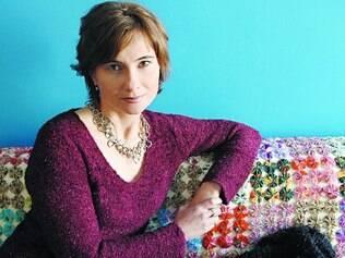 Palavras como trajetória. Jornalista Eliane Brum expõe sua jornada pessoal através da escrita