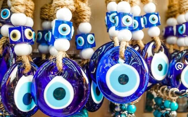Use o Olho Grego como talismã ou para proteger o lar