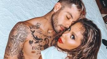Anitta faz post sob mitomania e fãs apontam indireta para Gui Araújo