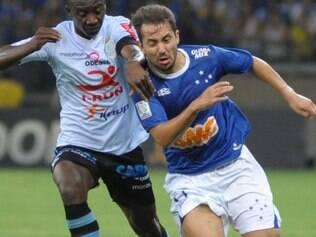 Everton Ribeiro sonhou em disputar a Copa no Brasil, mas não teve chances com Felipão