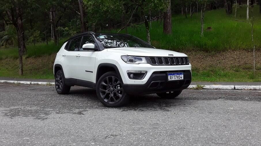 Jeep Compass S 2021: versão será mantida na linha 2022, que terá apenas novos para-choques entre outros detalhes
