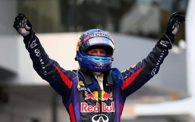 Sebastian Vettel comemora vitória no GP da  Malásia