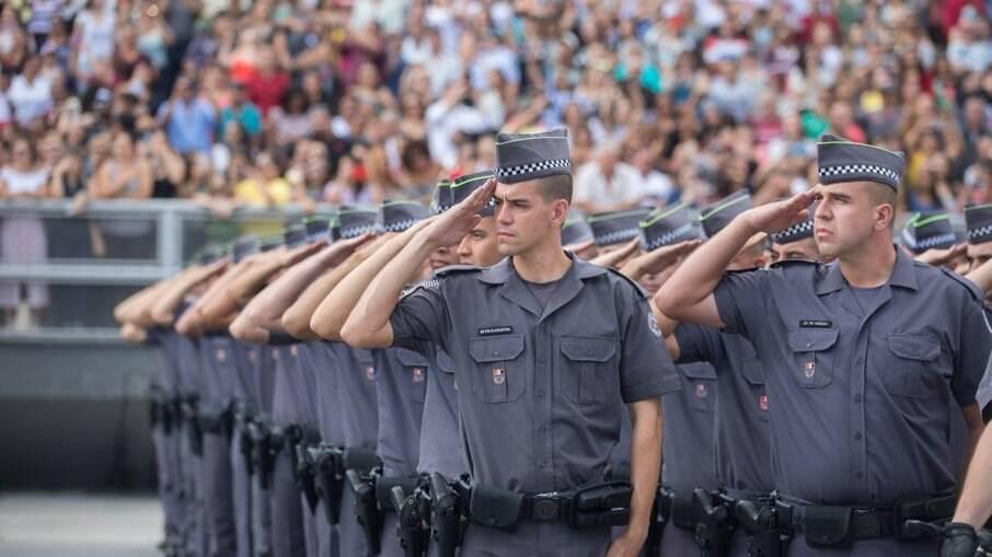Habite Seguro beneficia bancos e não melhora vida de policiais, diz especialista