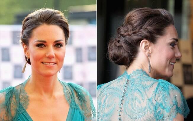 No penteado de Kate Middleton a trança também é um pequeno adorno