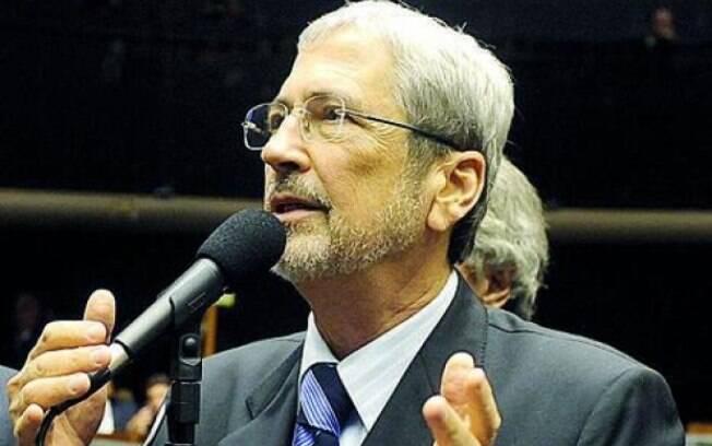 Para Imbassahy, presença de Cunha na Câmara não deve influenciar no impeachment de Dilma