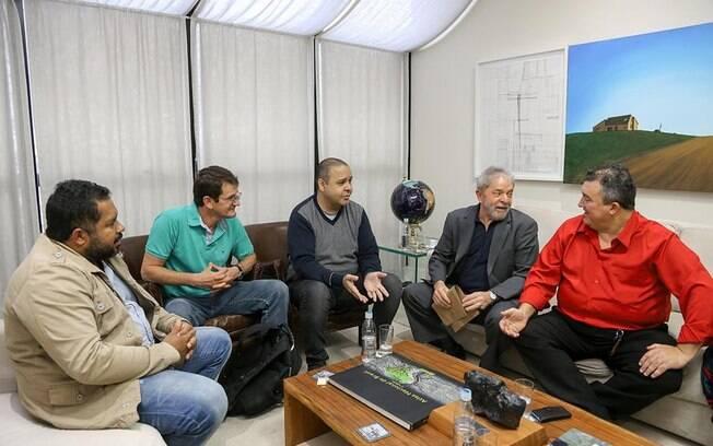 Lula participa de evento promovido pela CUT e o Sindicato dos Bancários, em São Paulo (20/05/2015)