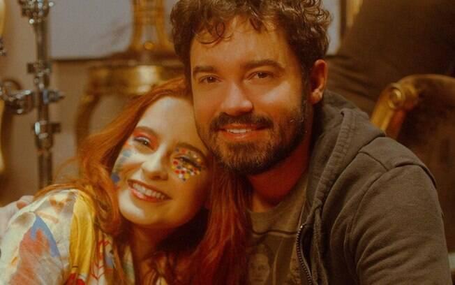 Fernando Zor muda a postura e passa a ser presente com a filha