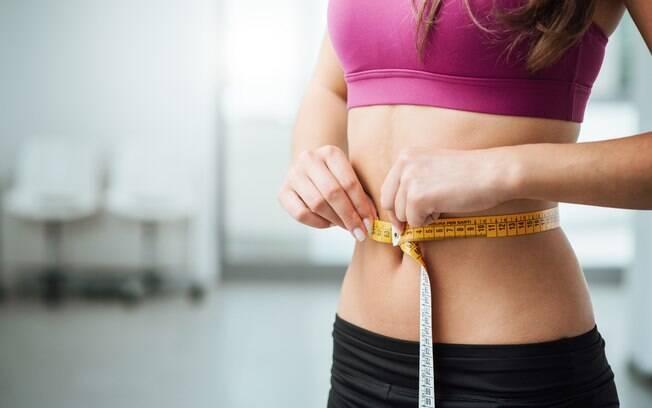 Relatório anual relatório anual US News and World Report indica quais as três melhores dietas para emagrecer rápido