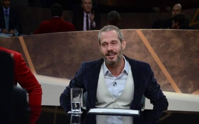 Nico Puig se emociona ao ser demitido do 'Aprendiz Celebridades'