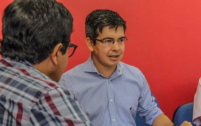 No Amapá, Randolfe Rodrigues (Rede) obteve mais que o dobro (37,96%) dos votos que o segundo colocado na disputa pelo Senado, o petebista Lucas Barreto (18,38%)