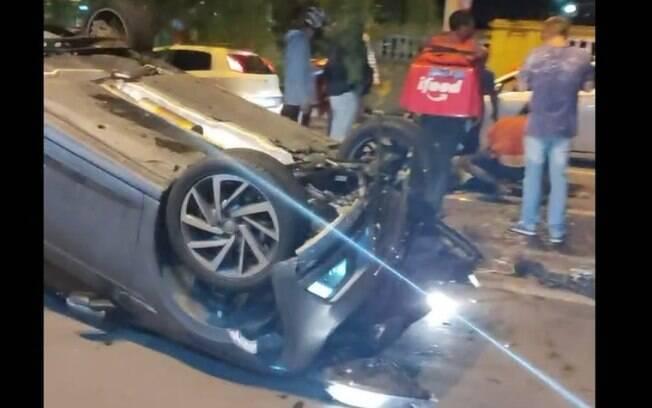 Motociclista fica ferido após ser atropelado na Av. Brasil