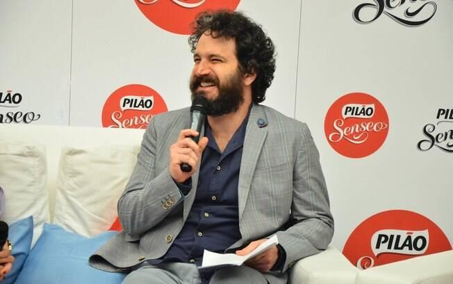 Caco Ciocler interpreta um delegado na novela das sete